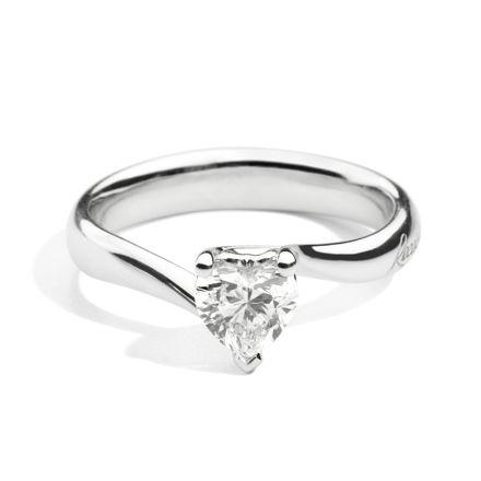 Immagine di ANNIVERSARY LOVE Solitario valentin in oro bianco e diamante R67SO001